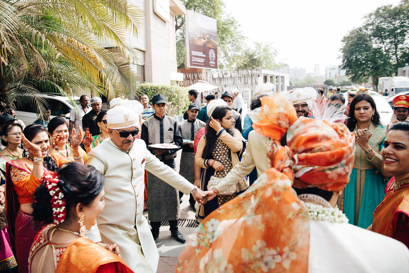 Poojan + Aneri - Wedding Day EOSR Card 1-1168.jpg