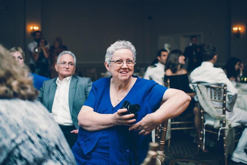 Philadelphia Wedding Photographer - Bernreuther-663.jpg