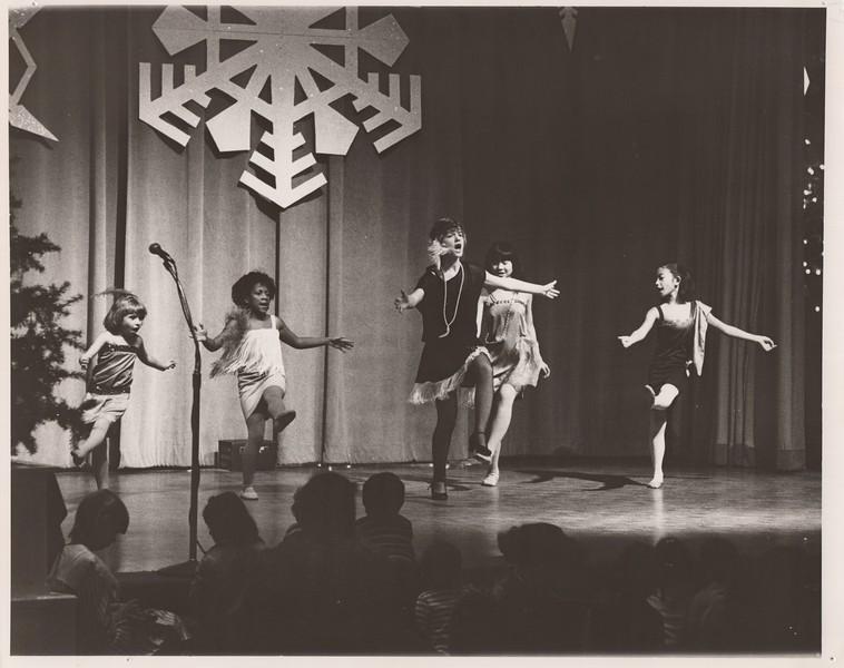 Dance_0877.jpg