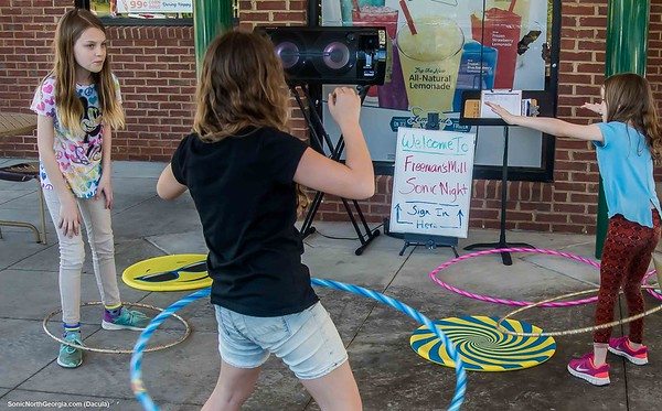 Freeman's Mill Elementary Sonic Spirit Night May 2019