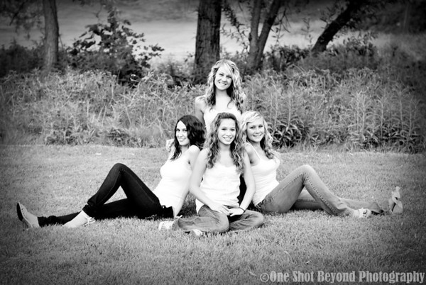 Britt's Going Away-Group Portrait Session