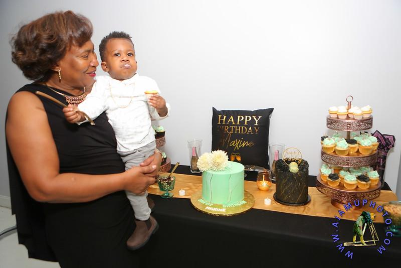 MAXINE GREAVES BIRTHDAY DINNER CELEBRATION 2020R-2698.jpg