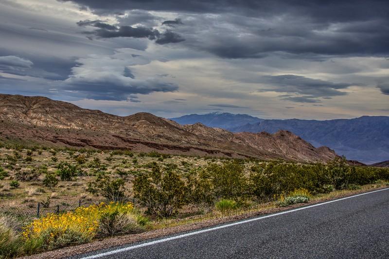 Death-Valley-morning-fromBeatty-Beechnut-Photos-rjduff.jpg