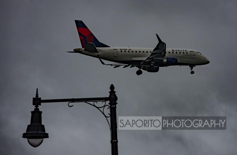 Delta Connection E170