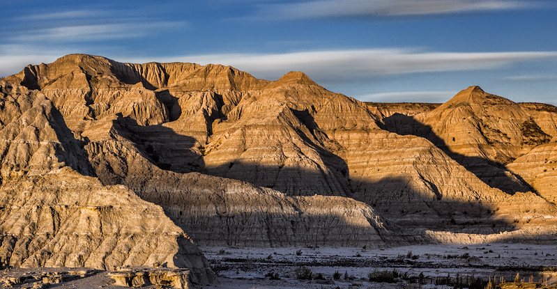 2018022423282690-Late Afternoon in the Badlands C 2-2.jpg