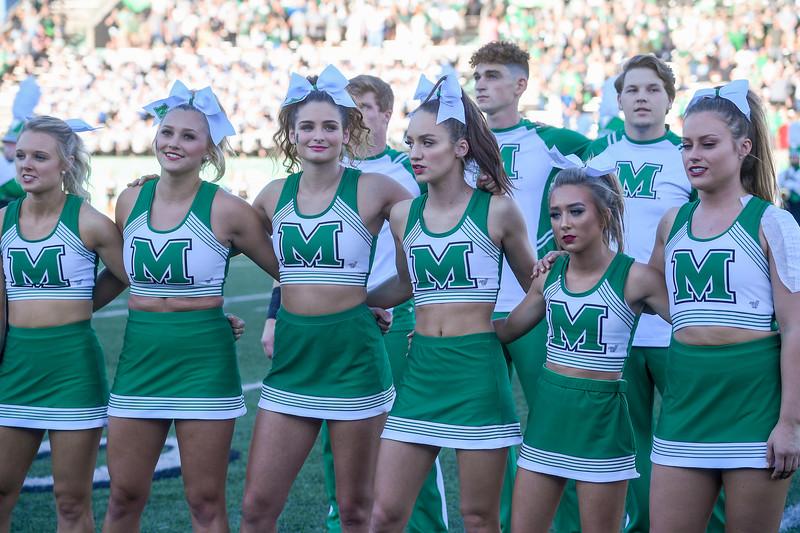 cheerleaders0951.jpg