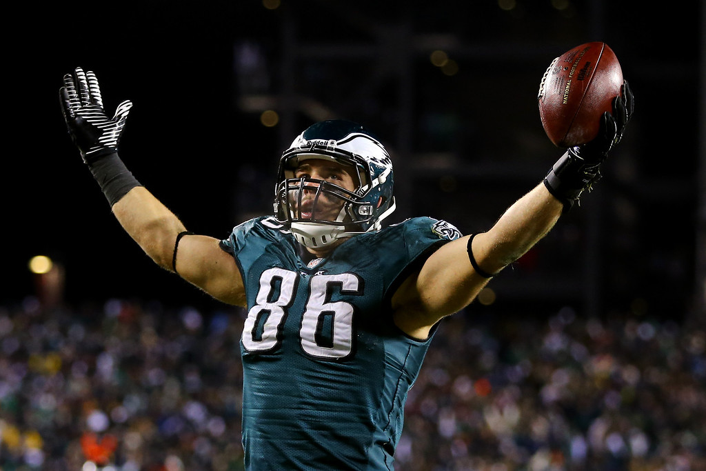 . PHILADELPHIA, PA - JANUARY 04:   Zach Ertz #86 of the Philadelphia Eagles celebrates after scoring a yard touchdown pass from Nick Foles #9 in the fourth quarter against the New Orleans Saints to take the lead 24-23 during their NFC Wild Card Playoff game at Lincoln Financial Field on January 4, 2014 in Philadelphia, Pennsylvania.  (Photo by Al Bello/Getty Images)