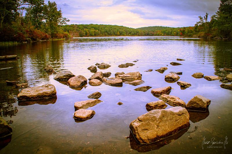 Apalachian trail lake IMG_7055.jpg