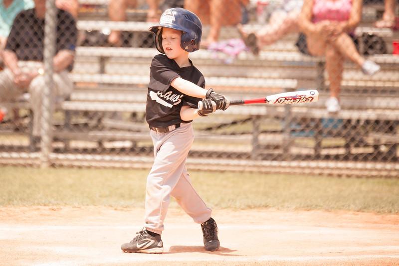 Younger Baseball-132.jpg