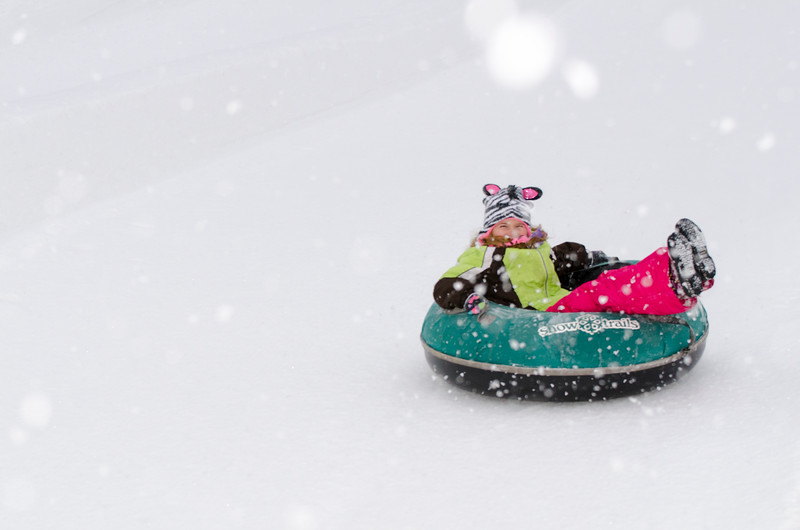 Opening-Day-Tubing-2014_Snow-Trails-71070.jpg