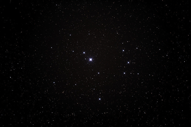 Caldwell 102 - Southern Pleiades or Theta Carina Cluster - 23/2/2014 (Processed stack)
