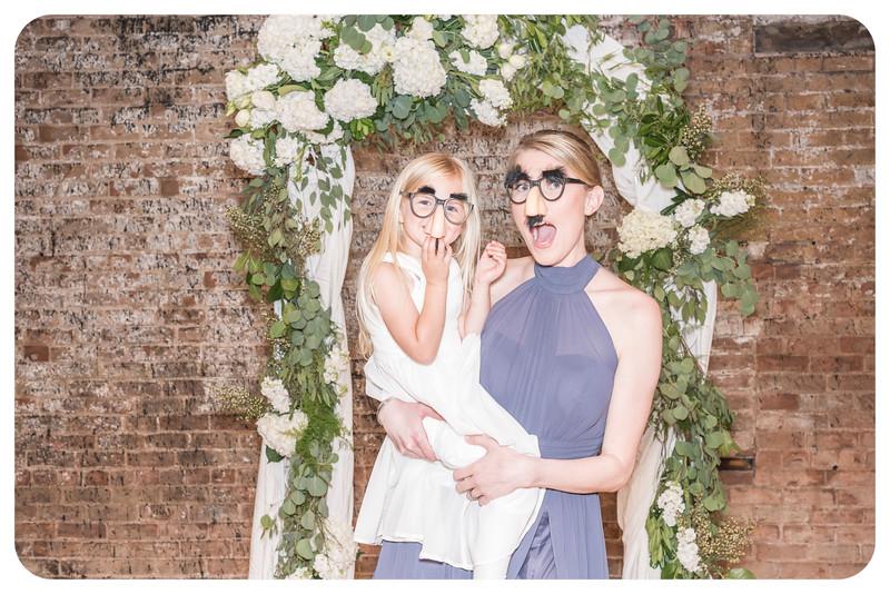 Laren&Bob-Wedding-Photobooth-86.jpg