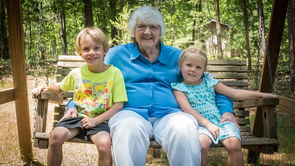 Grandma & Kids May 2018