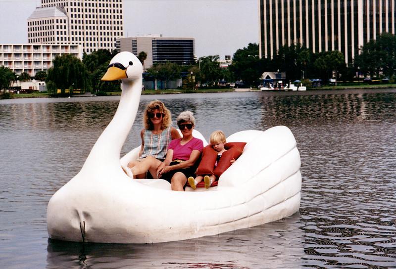 1989_April_Swimming Orlando Pirates Cove _0014_a.jpg