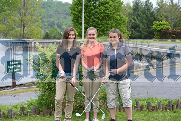 Sullivan West Girls Golf