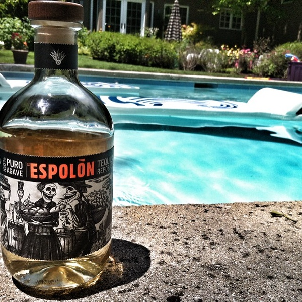 "♫♫ ""Pour me something tall and strong...""♫♫ what a beautiful day to enjoy this delicious gift poolside. Thank you @jennyheinrich"