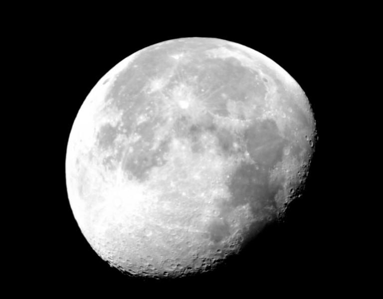 Moon - 1.JPG