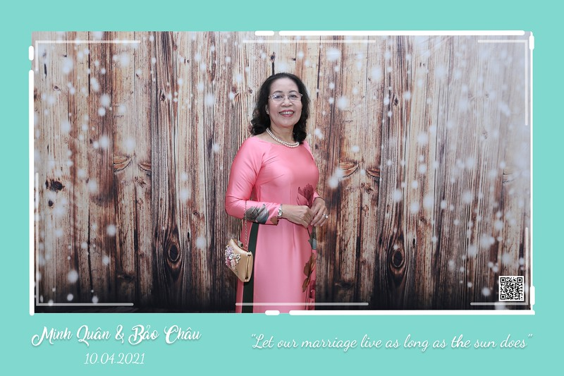 QC-wedding-instant-print-photobooth-Chup-hinh-lay-lien-in-anh-lay-ngay-Tiec-cuoi-WefieBox-Photobooth-Vietnam-cho-thue-photo-booth-020.jpg