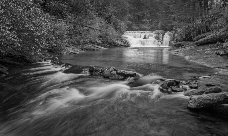 Dicks Creek Fals