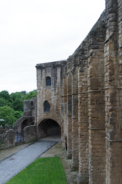 Dunfermline Abbey - 14.jpg