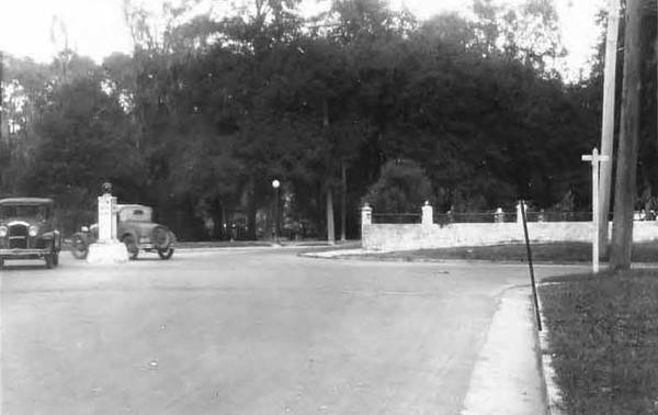 1928-Post and Margaret Streets - Riverside.jpg
