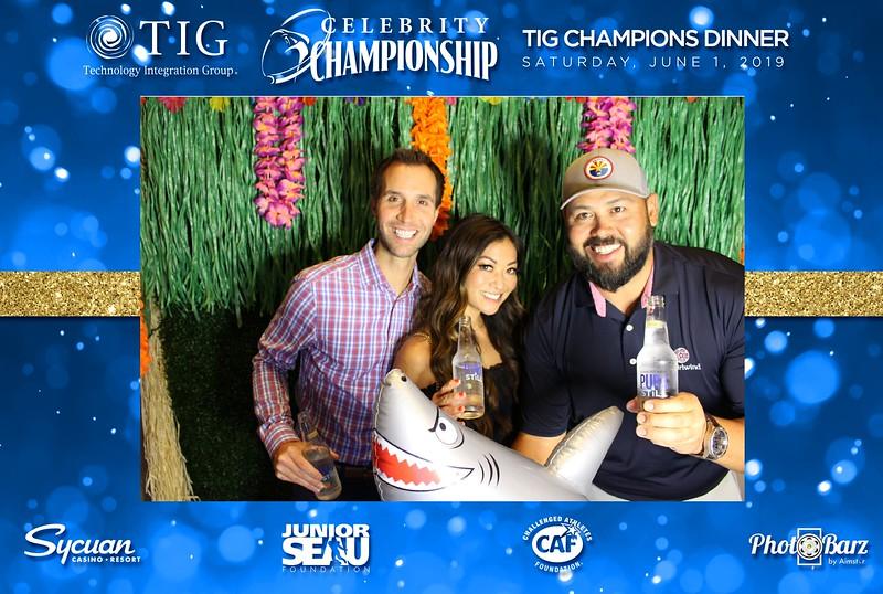 Celebrity Golf Sat Night31.jpg