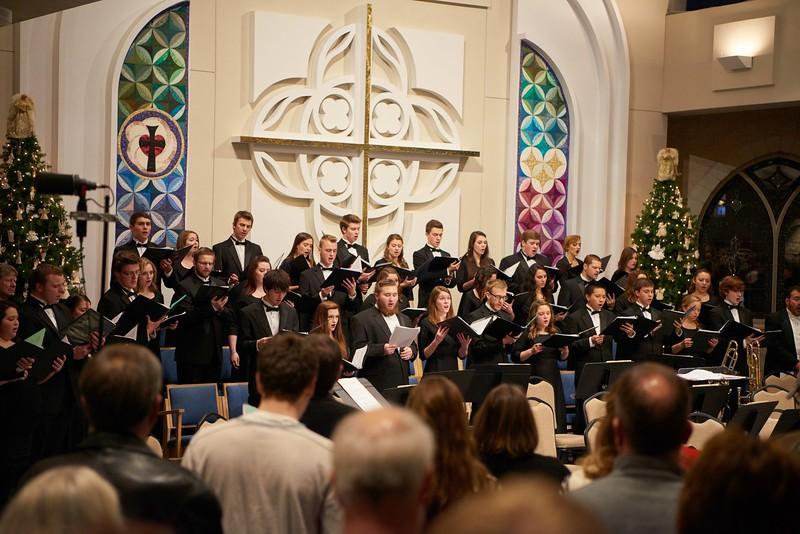 -UWL UW-L UW-La Crosse University of Wisconsin-La Crosse; December; evening; Group; Inside; Man men; Music; Singing; Student students; Woman women