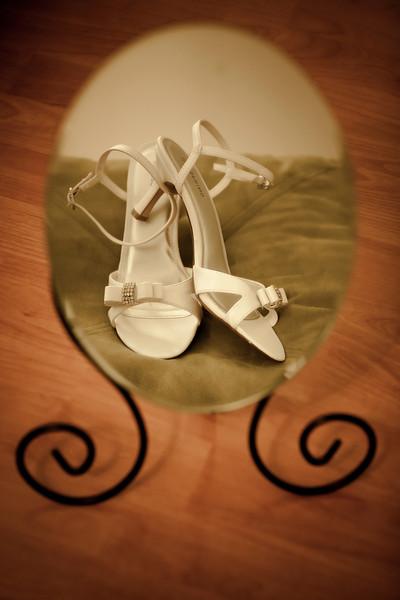 Shoes in Mirrow-0689.JPG
