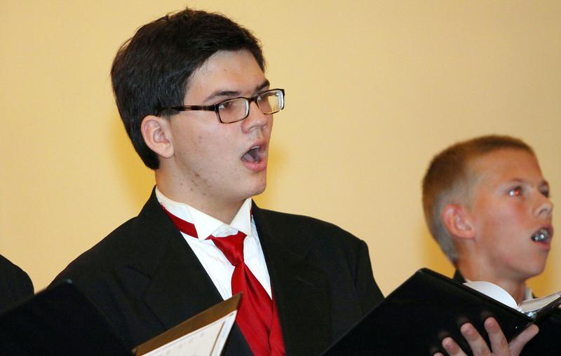 Lutheran-West-High-School-Choir-Fall-2012---c143915-011.jpg