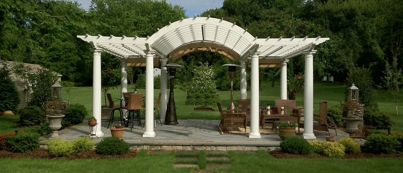 286 - Laurel Hollow NY - Arched Pergola