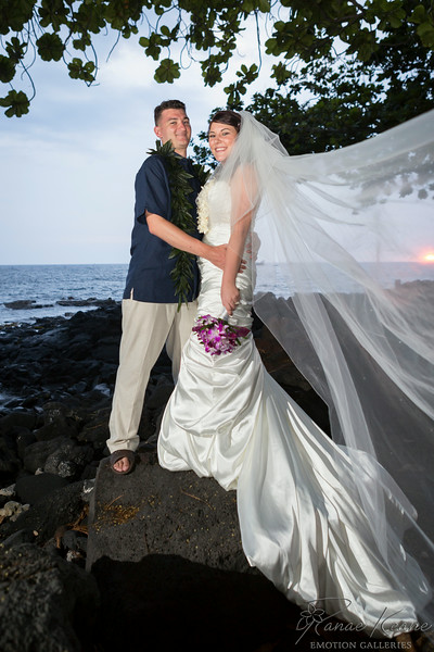 208__Hawaii_Destination_Wedding_Photographer_Ranae_Keane_www.EmotionGalleries.com__140705.jpg