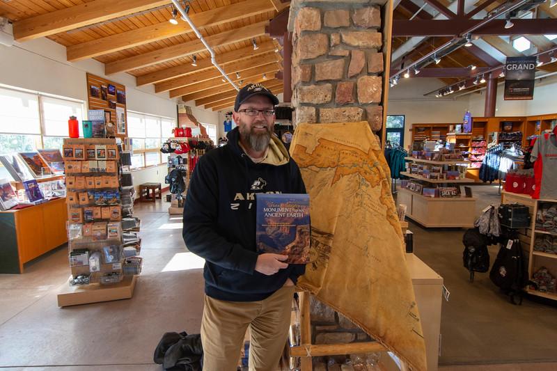 Grand-Canyon-Book-storeJoel.jpg