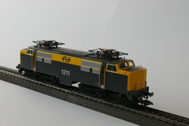 37120 NS 1211 -2.JPG