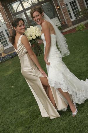 Lynzie & Taylor