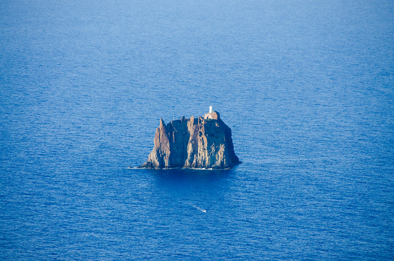 Sicily.Stromboli.103.jpg