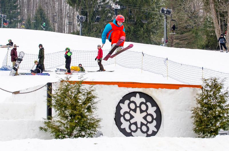 Snow-Trails_Mid-Season-2015-SpFeat-78.jpg