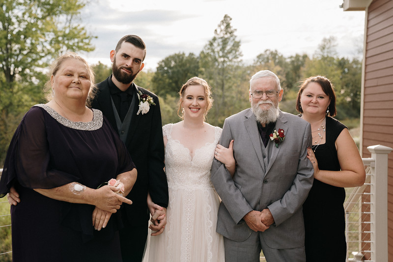rustic_ohio__fall_barn_wedding-249.jpg