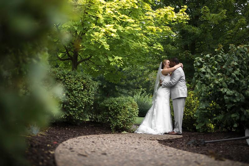 Laura & AJ Wedding (0294).jpg