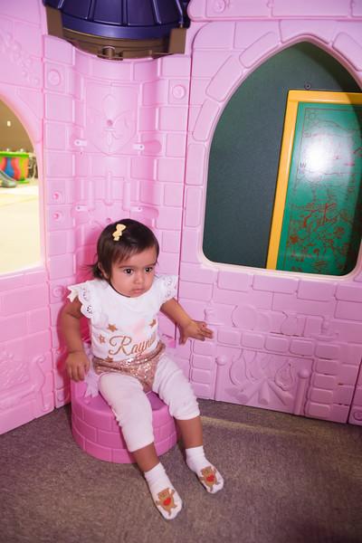 Raynaa 1 year old party-117.jpg