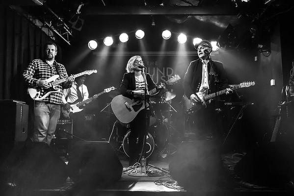 Heartland Roots Band 2