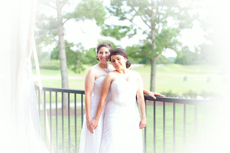 Abby & Jess 660T34A9465.jpg