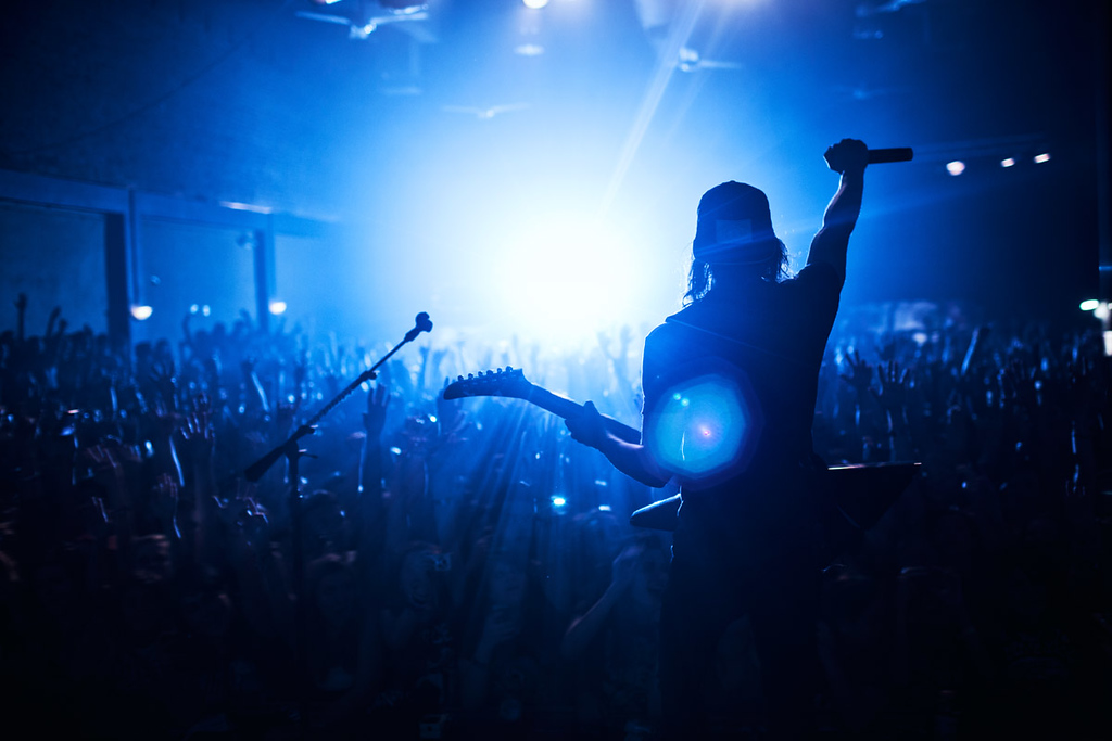 Vic Fuentes of Pierce The Veil at The Nile Theater in Mesa, Arizona