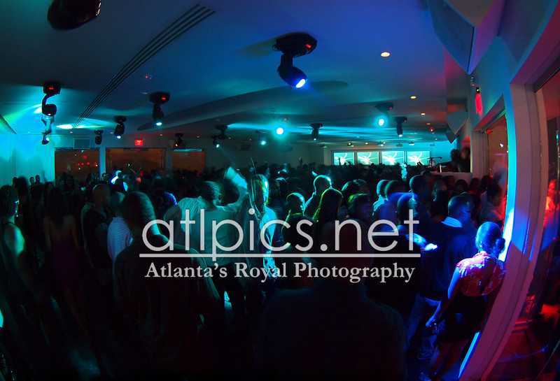 (IDRIS ELBA) 12.31.11 COMPOUND NYE BROUGHT TO YOU BY: ALEX GIDEWON FOR AG ENTERTAINMENT