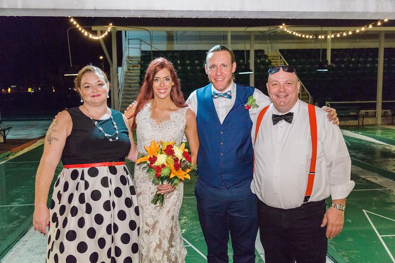 ELP1015 Tara &Phill St Pete Shuffleboard Club wedding reception 468.jpg