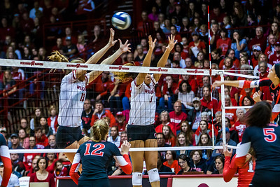 UW Sports - Volleyball [d] October 30, 2016