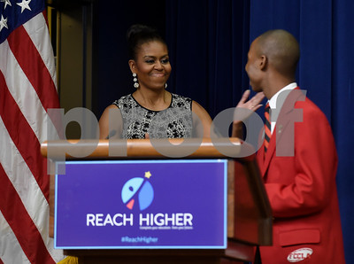 whitehouse-grad-to-introduce-first-lady-today