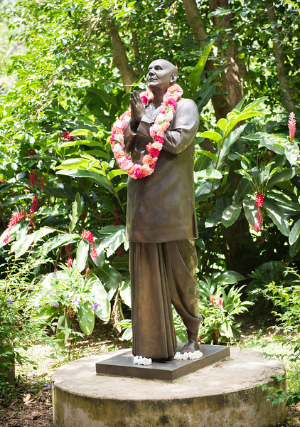20160728_Meditation at the PR Statue_054.jpg