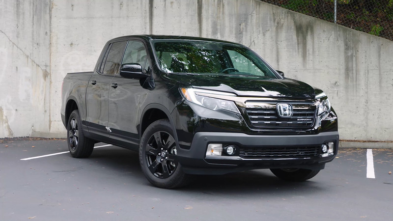 2017 Honda Ridgeline Black Edition Parked Reel