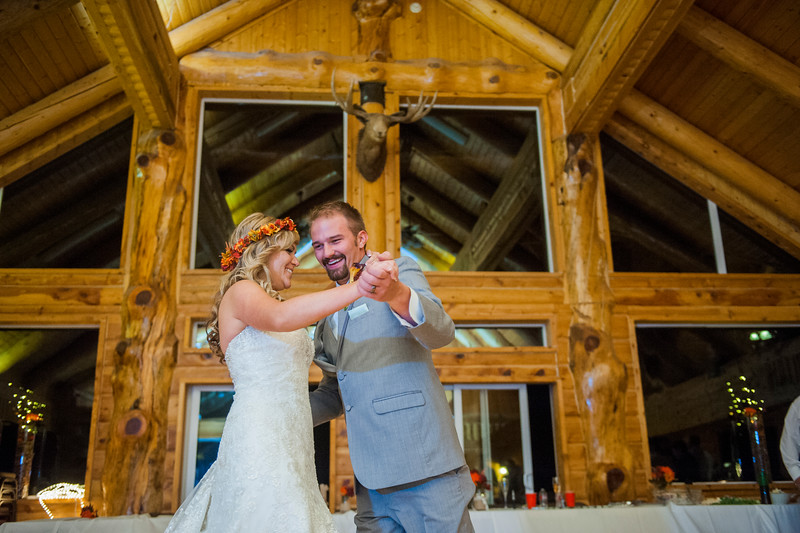 Jodi-petersen-wedding-626.jpg