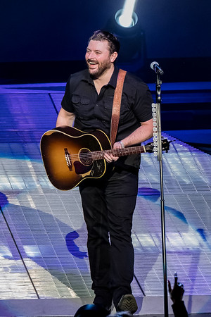 Chris Young - Xfinity Center